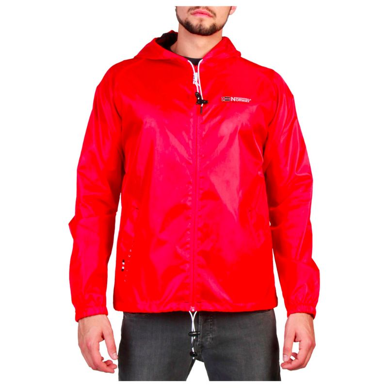 Geographical-Norway-Boat_man_red